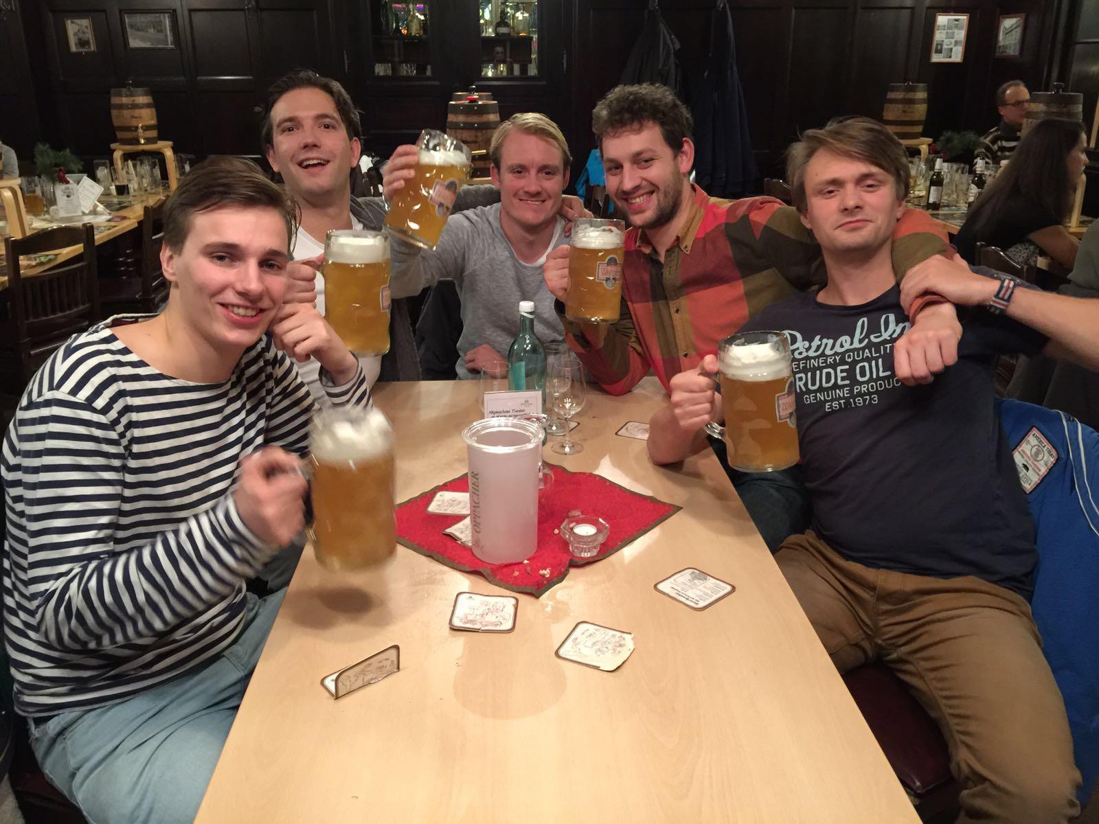 Met een aantal huisgenootjes uit Delft die langskwamen in Dresden