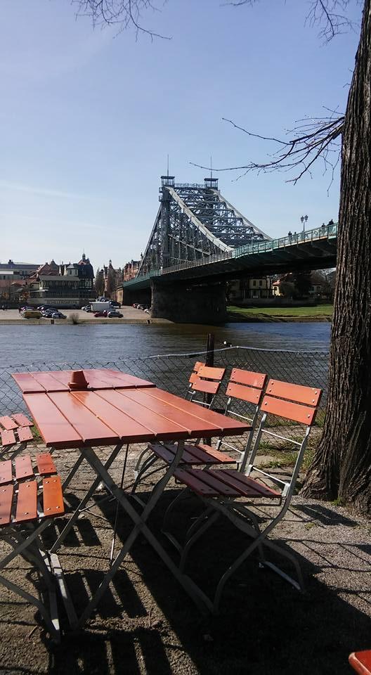 Blaues Wunder is een bekende brug in Dresden. Angelique maakte deze foto tijdens haar eerste weekend in Dresden.