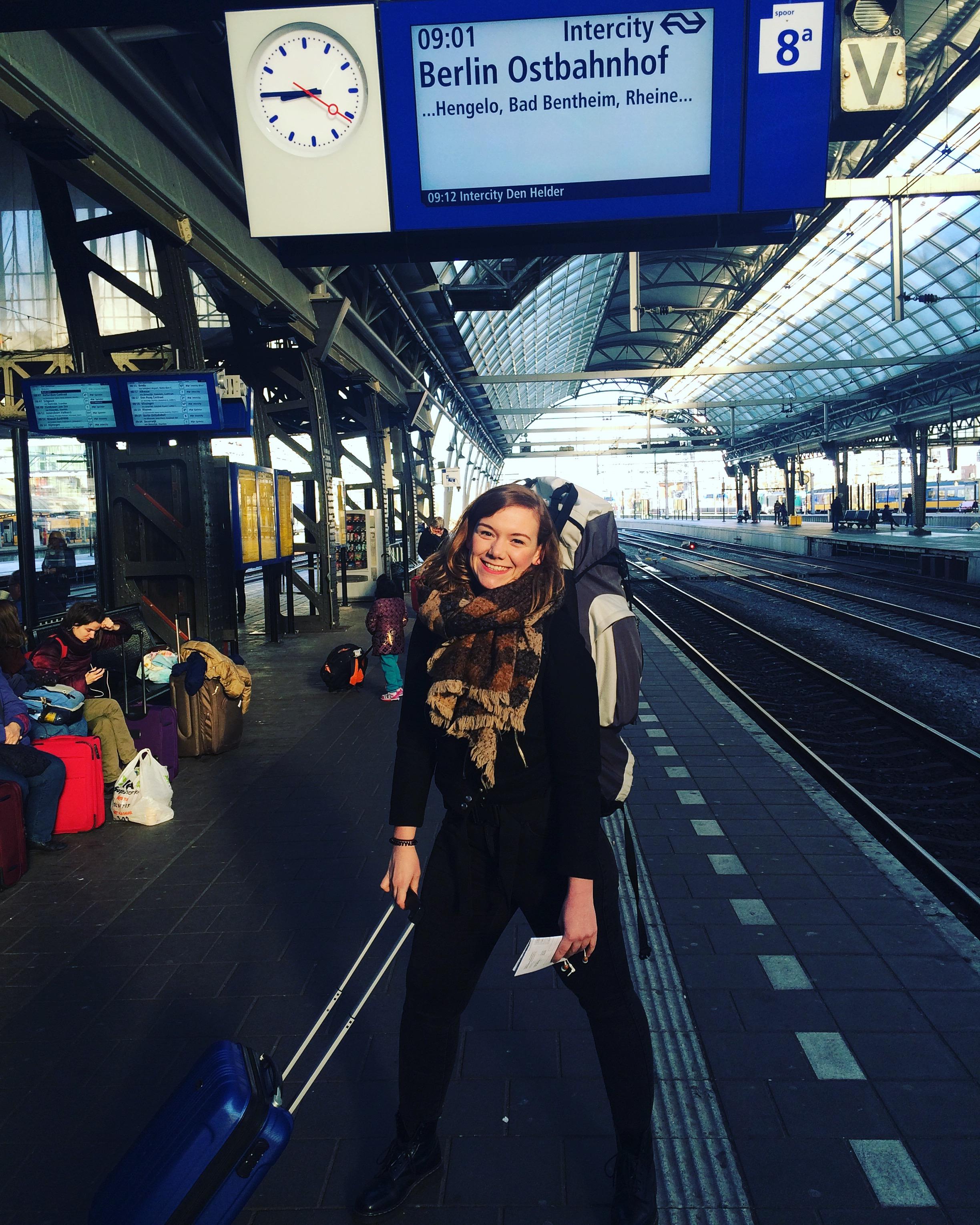 Merel staat op het punt te vertrekken naar Berlijn.